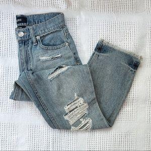 AERO | Distressed Mom Light Wash Jeans Sz 0